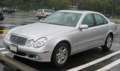 2005 Mercedes-Benz E-Class Photo 7