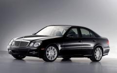 2008 Mercedes-Benz E-Class Photo 2