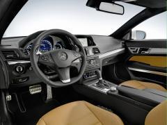 2010 Mercedes-Benz E-Class Photo 5