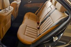 2010 Mercedes-Benz E-Class interior