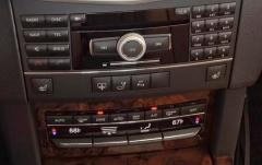 2011 Mercedes-Benz E-Class interior
