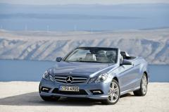 2011 Mercedes-Benz E-Class Photo 16