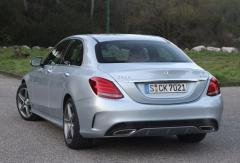 2015 Mercedes-Benz E-Class Photo 3