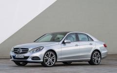 2015 Mercedes-Benz E-Class Photo 4