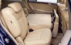 2011 Mercedes-Benz GL-Class interior