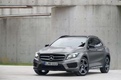 2015 Mercedes-Benz GLA-Class Photo 2