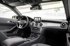 2016 Mercedes-Benz GLA-Class Photo 7