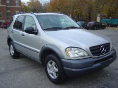 1999 Mercedes-Benz M-Class Photo 1