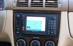 2004 Mercedes-Benz M-Class interior