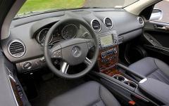 2008 Mercedes-Benz M-Class interior