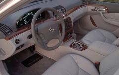 2000 Mercedes-Benz S-Class interior