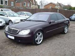 2000 Mercedes-Benz S-Class Photo 2