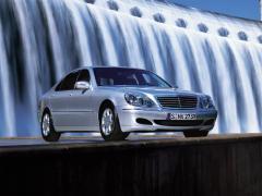 2003 Mercedes-Benz S-Class Photo 2