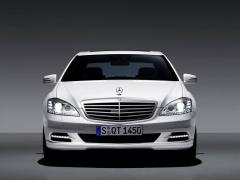 2010 Mercedes-Benz S-Class Photo 5
