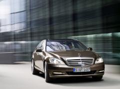2011 Mercedes-Benz S-Class Photo 2