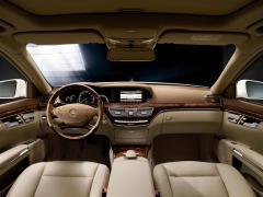 2012 Mercedes-Benz S-Class Photo 2