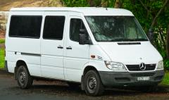 2011 Mercedes-Benz Sprinter Photo 1