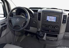 2011 Mercedes-Benz Sprinter Photo 5