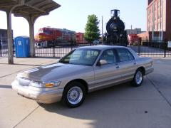 1997 Mercury Grand Marquis Photo 2