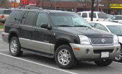 2002 Mercury Mountaineer Photo 1