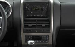 2008 Mercury Mountaineer interior