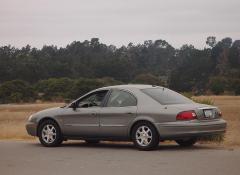 2001 Mercury Sable Photo 2