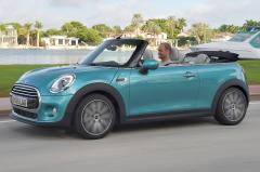 2017 Mini Cooper exterior