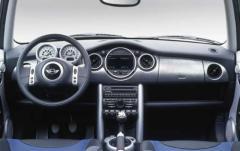 2003 Mini Cooper interior