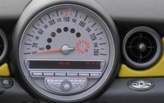 2010 Mini Cooper interior