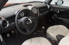 2013 Mini Cooper interior