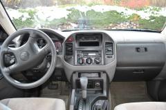 2002 Mitsubishi Montero Sport Photo 2
