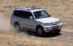 2003 Mitsubishi Montero Photo 7