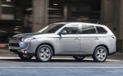 2014 Mitsubishi Outlander Photo 1
