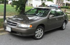 1999 Nissan Altima Photo 1