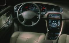1999 Nissan Altima interior