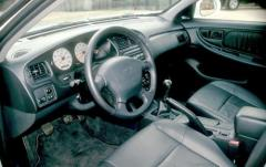 2000 Nissan Altima interior
