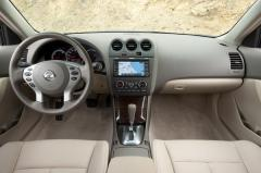 2011 Nissan Altima Photo 6