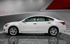 2013 Nissan Altima Photo 2