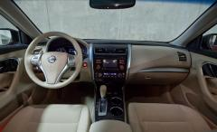 2013 Nissan Altima Photo 3