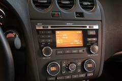 2013 Nissan Altima interior