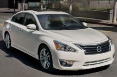 2015 Nissan Altima Photo 1