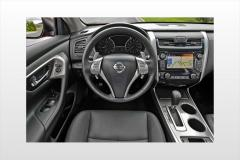 2015 Nissan Altima interior