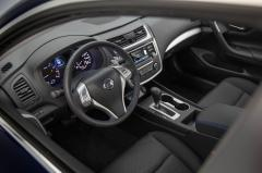 2016 Nissan Altima 2.5 interior
