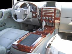 2004 Nissan Armada Photo 2