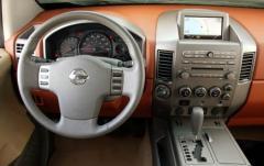 2004 Nissan Armada interior