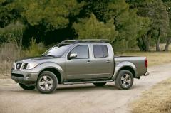 2005 Nissan Frontier Photo 3
