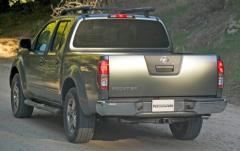 2005 Nissan Frontier exterior