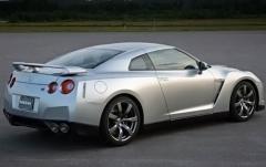 2009 Nissan GT-R exterior