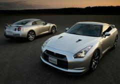 2010 Nissan GT-R Photo 5