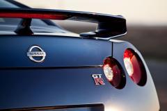 2013 Nissan GT-R exterior